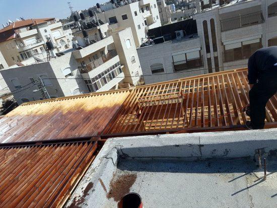 גג בית הספר בשועפאט